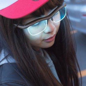 funiki-ambient-glasses-digital-eyewear-1